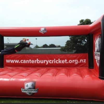 Rugby diving inflatable